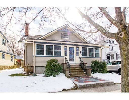 Casa Unifamiliar por un Venta en 35 Warwick Street 35 Warwick Street Quincy, Massachusetts 02170 Estados Unidos