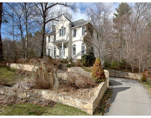 Einfamilienhaus für Verkauf beim 217 Old Stonebridge 217 Old Stonebridge Wayland, Massachusetts 01778 Vereinigte Staaten