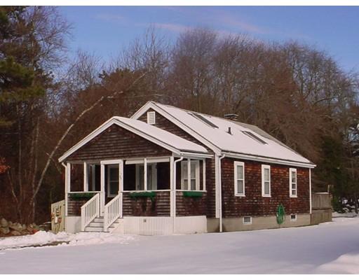 Single Family Home for Rent at 53 Prospect Road 53 Prospect Road Mattapoisett, Massachusetts 02739 United States