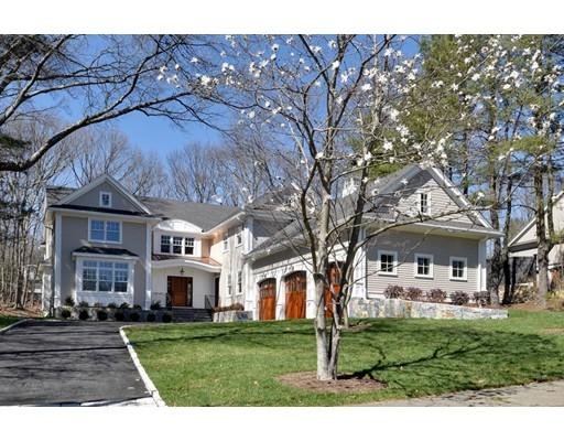独户住宅 为 销售 在 17 Sturbridge Road 17 Sturbridge Road 韦尔茨利, 马萨诸塞州 02481 美国