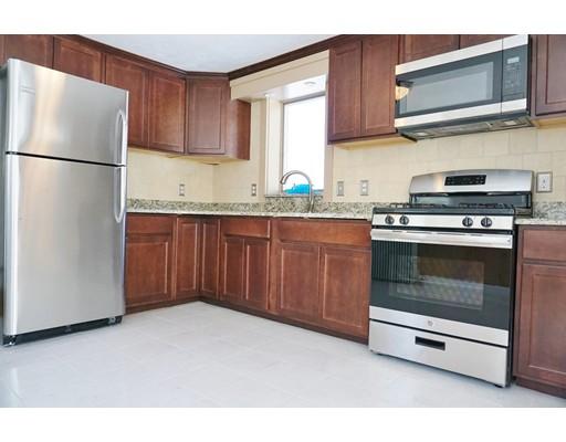 425 N Franklin St, Holbrook, MA 02343
