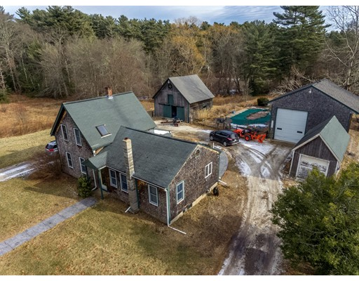 Single Family Home for Sale at 54 DOCTOR BRALEY ROAD Freetown, Massachusetts 02717 United States