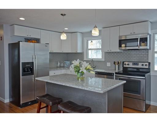 Частный односемейный дом для того Продажа на 50 Baldwin Drive 50 Baldwin Drive Hampden, Массачусетс 01036 Соединенные Штаты