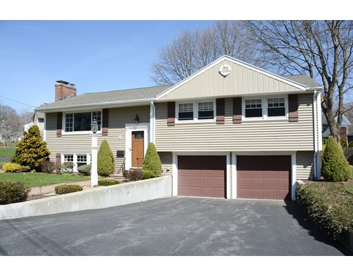 Casa Unifamiliar por un Venta en 19 APPLETON ROAD 19 APPLETON ROAD Wakefield, Massachusetts 01880 Estados Unidos