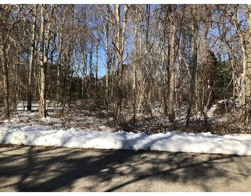 أراضي للـ Sale في 12 Upshur Drive 12 Upshur Drive Falmouth, Massachusetts 02540 United States