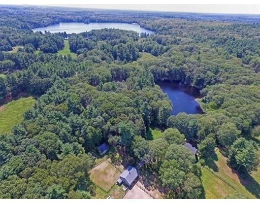 独户住宅 为 销售 在 127 Farm Road 127 Farm Road 舍伯恩, 马萨诸塞州 01770 美国