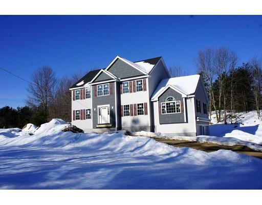 Single Family Home for Sale at 600 Colburn Avenue 600 Colburn Avenue Dracut, Massachusetts 01826 United States