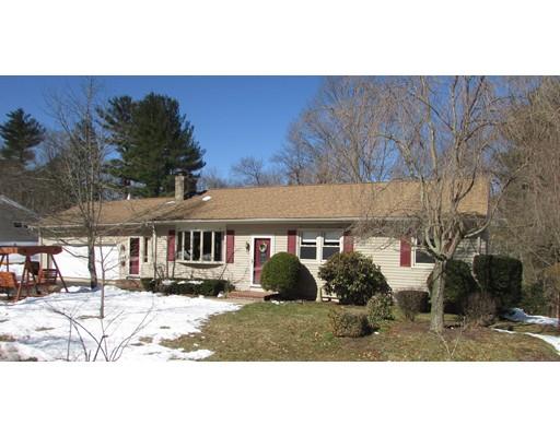 واحد منزل الأسرة للـ Sale في 26 Center Street 26 Center Street Bellingham, Massachusetts 02019 United States