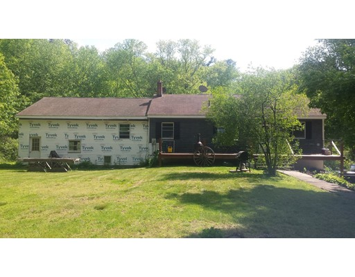 Single Family Home for Sale at 167 Thompson Hill Road 167 Thompson Hill Road Thompson, Connecticut 06255 United States