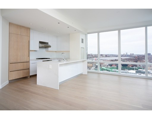 188 Brookline Avenue 27 J, Boston, MA, 02215