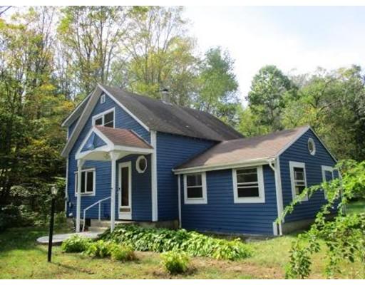 独户住宅 为 销售 在 868 North Orange 868 North Orange Athol, 马萨诸塞州 01331 美国