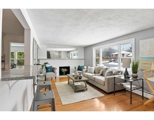 Single Family Home for Sale at 98 Hathaway Circle 98 Hathaway Circle Arlington, Massachusetts 02476 United States