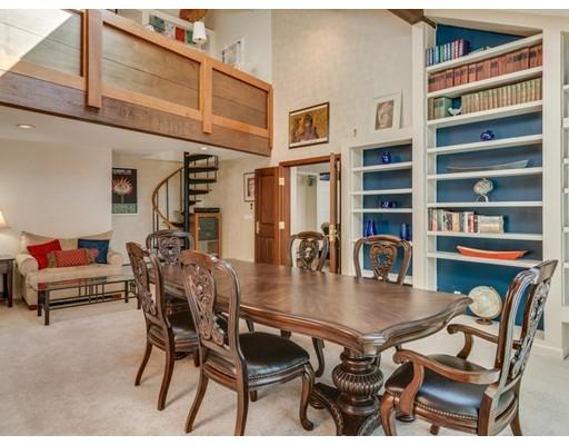 Частный односемейный дом для того Продажа на 12 Folly Point Road 12 Folly Point Road Gloucester, Массачусетс 01930 Соединенные Штаты