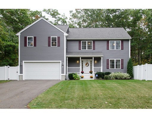 Single Family Home for Sale at 3 Oak Street 3 Oak Street Burlington, Massachusetts 01803 United States