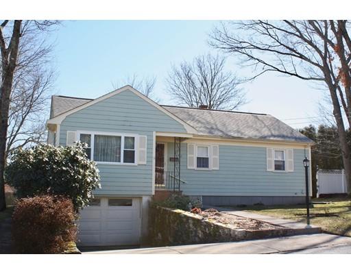 Частный односемейный дом для того Продажа на 82 Wamsutta Avenue 82 Wamsutta Avenue Acushnet, Массачусетс 02743 Соединенные Штаты