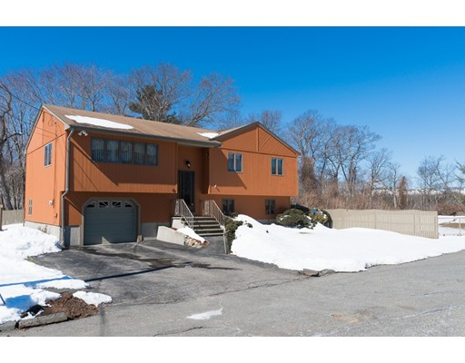 Single Family Home for Sale at 28 Whitney Drive 28 Whitney Drive Peabody, Massachusetts 01960 United States