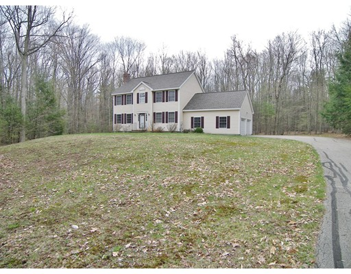Single Family Home for Sale at 134 Beech Hill Road Mont Vernon, New Hampshire 03057 United States