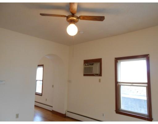 واحد منزل الأسرة للـ Rent في 25 Woodman Street 25 Woodman Street Lynn, Massachusetts 01905 United States