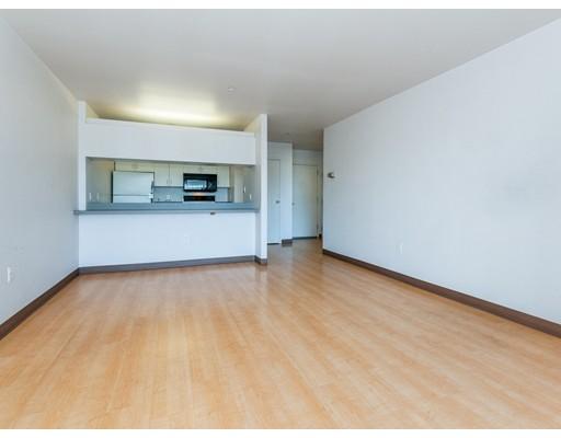 Picture 4 of 100 W Squantum St Unit 303 Quincy Ma 1 Bedroom Condo