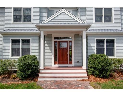 واحد منزل الأسرة للـ Sale في 26 Ben Davis 26 Ben Davis Falmouth, Massachusetts 02536 United States