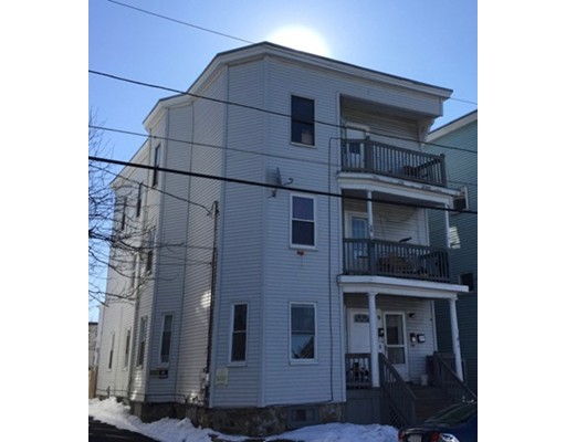 Casa Multifamiliar por un Venta en 9 Moulton Street Lynn, Massachusetts 01905 Estados Unidos
