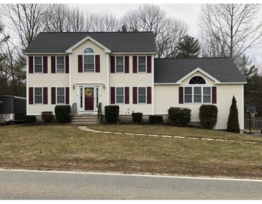 Single Family Home for Sale at 117 Wachusett Street 117 Wachusett Street Holden, Massachusetts 01520 United States