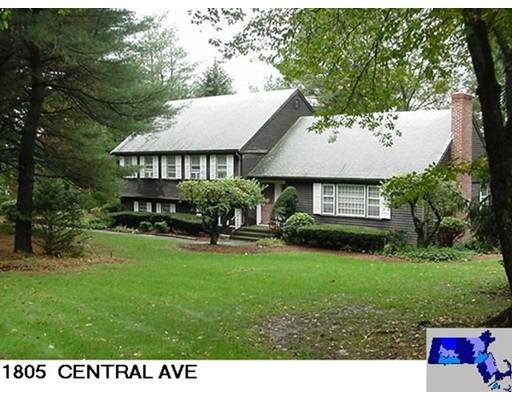 Μονοκατοικία για την Πώληση στο 1805 Central Avenue 1805 Central Avenue Needham, Μασαχουσετη 02492 Ηνωμενεσ Πολιτειεσ