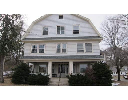 Casa Multifamiliar por un Venta en 1193 Elm Street 1193 Elm Street West Springfield, Massachusetts 01089 Estados Unidos