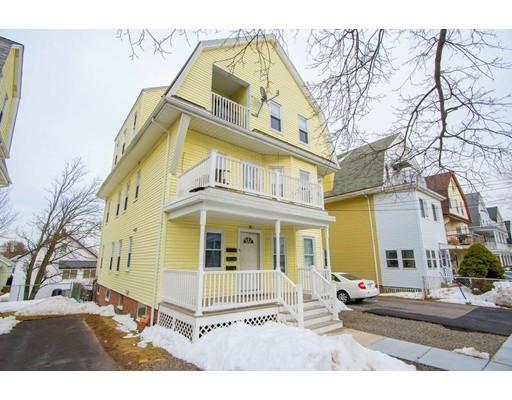 Maison avec plusieurs logements pour l Vente à 31 Irma 31 Irma Watertown, Massachusetts 02472 États-Unis