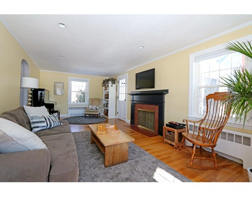 Picture 3 of 311 Walnut St  Dedham Ma 3 Bedroom Single Family