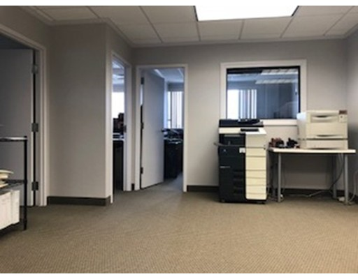 Commercial for Rent at 354 Turnpike Street 354 Turnpike Street Canton, Massachusetts 02021 United States