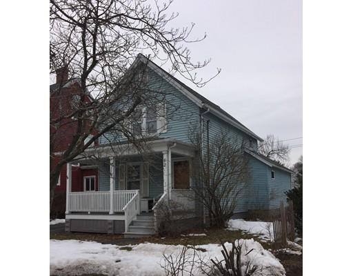 واحد منزل الأسرة للـ Sale في 62 Peck Street 62 Peck Street Attleboro, Massachusetts 02703 United States