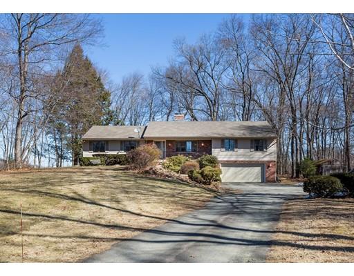 Casa Unifamiliar por un Venta en 460 Southwick Street 460 Southwick Street Agawam, Massachusetts 01030 Estados Unidos