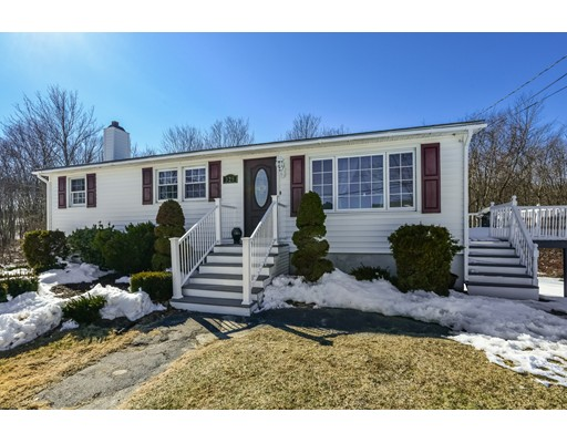 Single Family Home for Sale at 325 Blackstone Street 325 Blackstone Street Blackstone, Massachusetts 01504 United States