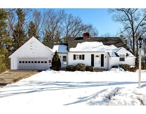 Maison unifamiliale pour l Vente à 10 Ethelyn Circle 10 Ethelyn Circle Maynard, Massachusetts 01754 États-Unis