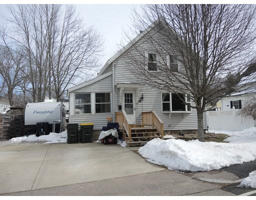 واحد منزل الأسرة للـ Sale في 30 Pearl Street 30 Pearl Street Bellingham, Massachusetts 02019 United States