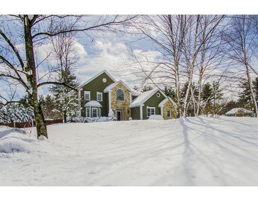 Maison unifamiliale pour l Vente à 16 Somerset Drive 16 Somerset Drive Andover, Massachusetts 01810 États-Unis