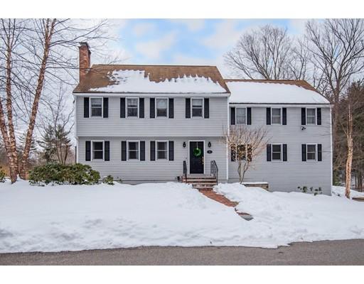 Maison unifamiliale pour l Vente à 4 Bishop Way 4 Bishop Way Groton, Massachusetts 01450 États-Unis
