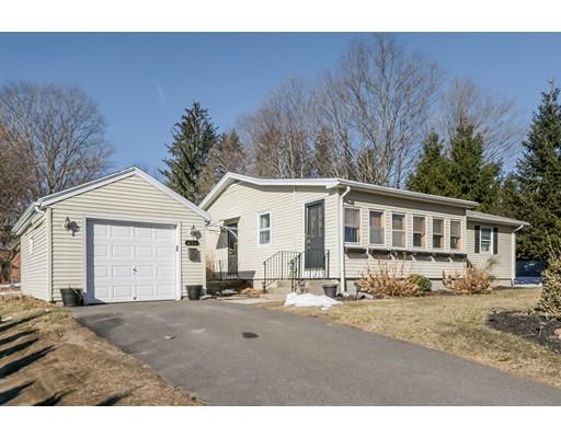 独户住宅 为 销售 在 655 Homestead Avenue 655 Homestead Avenue Holyoke, 马萨诸塞州 01040 美国
