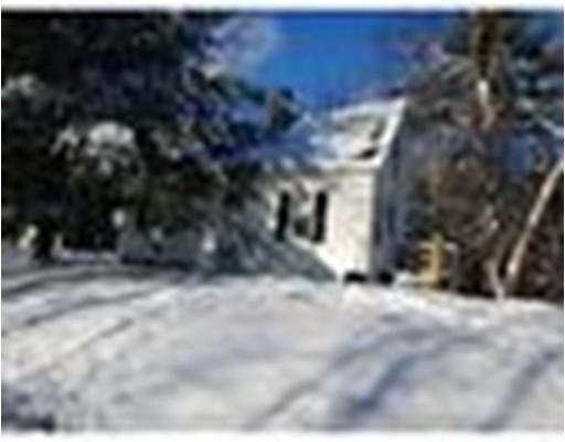 Maison unifamiliale pour l à louer à 479 School Street #1 479 School Street #1 Winchendon, Massachusetts 01475 États-Unis
