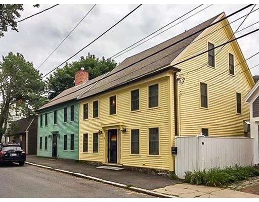 Частный односемейный дом для того Продажа на 22 Milk Street 22 Milk Street Newburyport, Массачусетс 01950 Соединенные Штаты