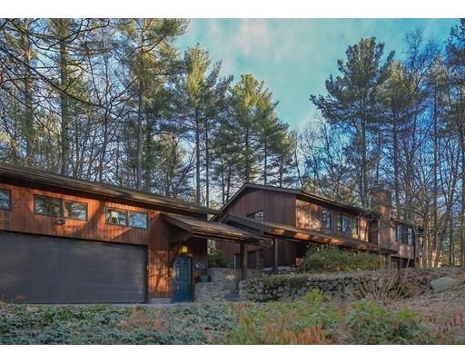 Nhà ở một gia đình vì Bán tại 9 Brook Trail Road 9 Brook Trail Road Wayland, Massachusetts 01778 Hoa Kỳ
