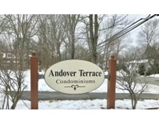 Appartement en copropriété pour l Vente à 1 Longwood Drive 1 Longwood Drive Andover, Massachusetts 01810 États-Unis