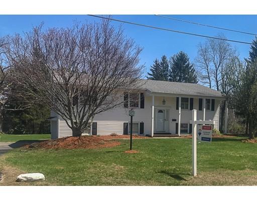 Maison unifamiliale pour l Vente à 9 Rockwell Street 9 Rockwell Street Auburn, Massachusetts 01501 États-Unis