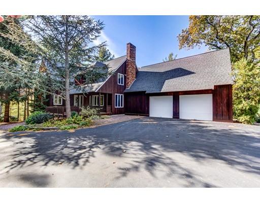 واحد منزل الأسرة للـ Sale في 130 Forest Avenue 130 Forest Avenue Cohasset, Massachusetts 02025 United States