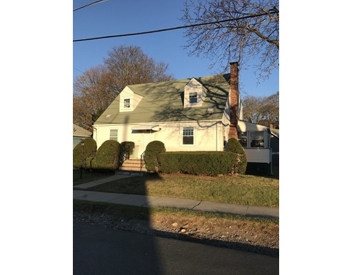 واحد منزل الأسرة للـ Rent في 133 Central Street 133 Central Street Stoneham, Massachusetts 02180 United States
