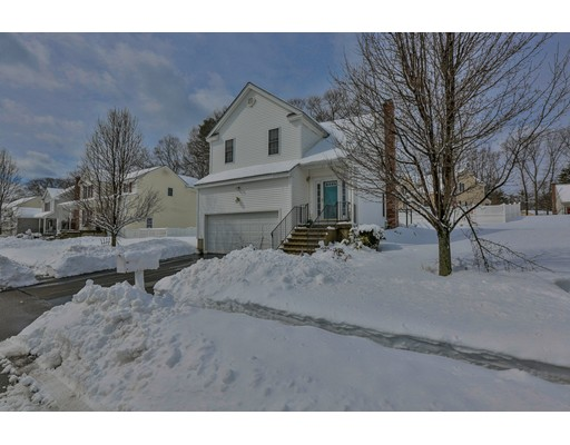 Single Family Home for Sale at 12 Gerry Drive 12 Gerry Drive Hudson, Massachusetts 01749 United States