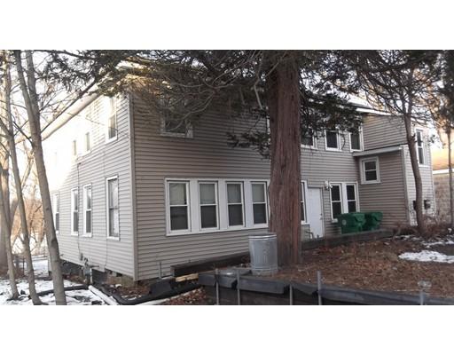 Apartamentos multi-familiares para Venda às 187 E Main Street 187 E Main Street Chicopee, Massachusetts 01020 Estados Unidos