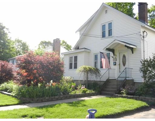 Частный односемейный дом для того Продажа на 4 Bradford Avenue 4 Bradford Avenue Foxboro, Массачусетс 02035 Соединенные Штаты