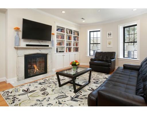 Condominium for Sale at 39 Union Street #2 39 Union Street #2 Boston, Massachusetts 02129 United States